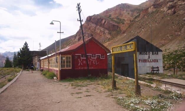 Las Cuevas, à la frontière chilienne : décor de cinéma