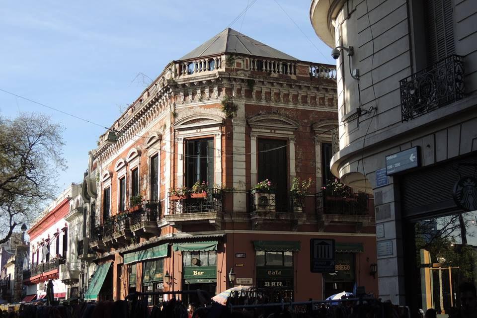 Vivi Francia, un air de la France dans les rues argentines
