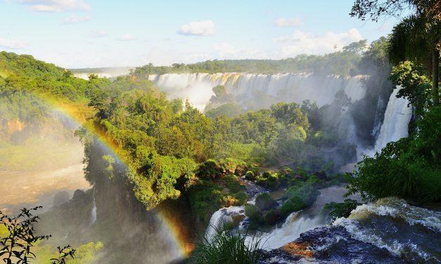 Chino Darin nous emmène aux chutes d'Iguazú